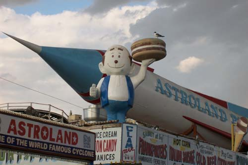 Astroland Park - leased out June 15th 1975